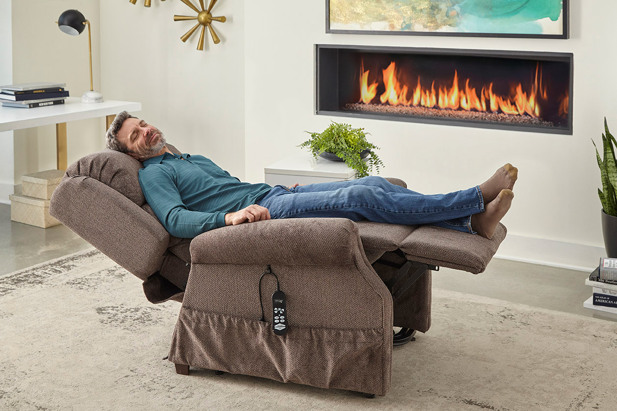 Zero Gravity Lift Recliners