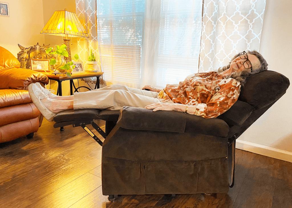 Joan Garrison Relaxing in an UltraComfort America Power Lift Chair Recliner To Help Relieve Arthritis